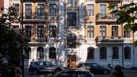 Balders gate 11 på Frogner i Oslo eies på papiret av en mann som har vært død i snart syv år, skrev DN i går.