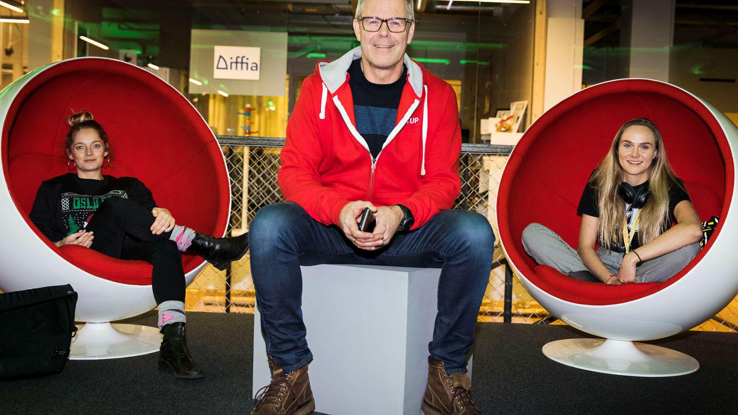 Lise Fulland (fra venstre), Tor Bækkelund og Lauga Oskarsdottir i Startuplab jobber nå med Founders Fund II, som er litt over dobbelt så stort som det første. De har ennå mange mulige vinnere igjen i det første fondet.