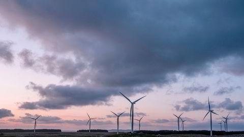 Det er uklart akkurat hvordan regjeringen ser for seg at vindkraftens virkninger for miljø og landskap skal vektlegges sterkere, skriver Lars H. Gulbrandsen. Her fra Høg-Jæren vindpark.