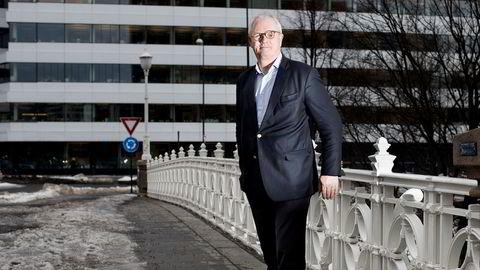 Finansmannen Thorstein Selvik (62) mener menn blir marginalisert i omsorgsdebatten og er låst i en rolle som økonomisk hovedforsørgere.