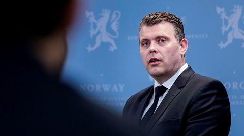 –Regjeringen tar EOS-utvalgets melding på største alvor, sier justis- og innvandringsminister Jøran Kallmyr (Frp) i en pressemelding tirsdag.