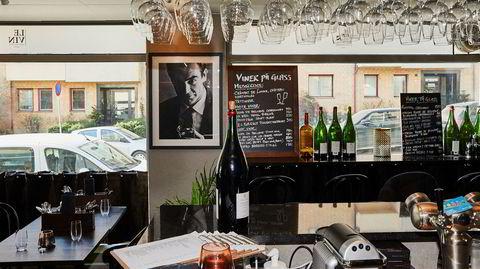 Le Vin kunne vært en hyggelig, intim nabolagsrestaurant, om bare ikke betjeningen hadde delt så mange intime detaljer.