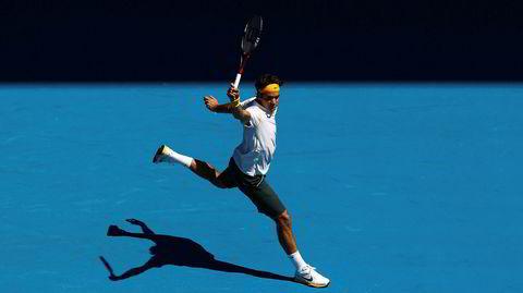 I klassisk positur. «For meg var dette den eneste måten å spille på», sa Roger Federer nylig på en pressekonferanse. «Jeg tror det bare ble til en uanstrengt, bevegelig stil, som også til slutt har reddet kroppen, som har vært en god ting, for å være ærlig ... Men det er bare sånn det er. Jeg planla aldri å spille på denne måten.»