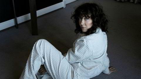 Tilbake. Emilie Nicolas Kongshavn gjorde i 2014 umiddelbar stor suksess med stemningsfull, moderne popmusikk. Med «Tranquille Emile» er hun tilbake etter sykdom med et modnere og mer R&B-inspirert album.