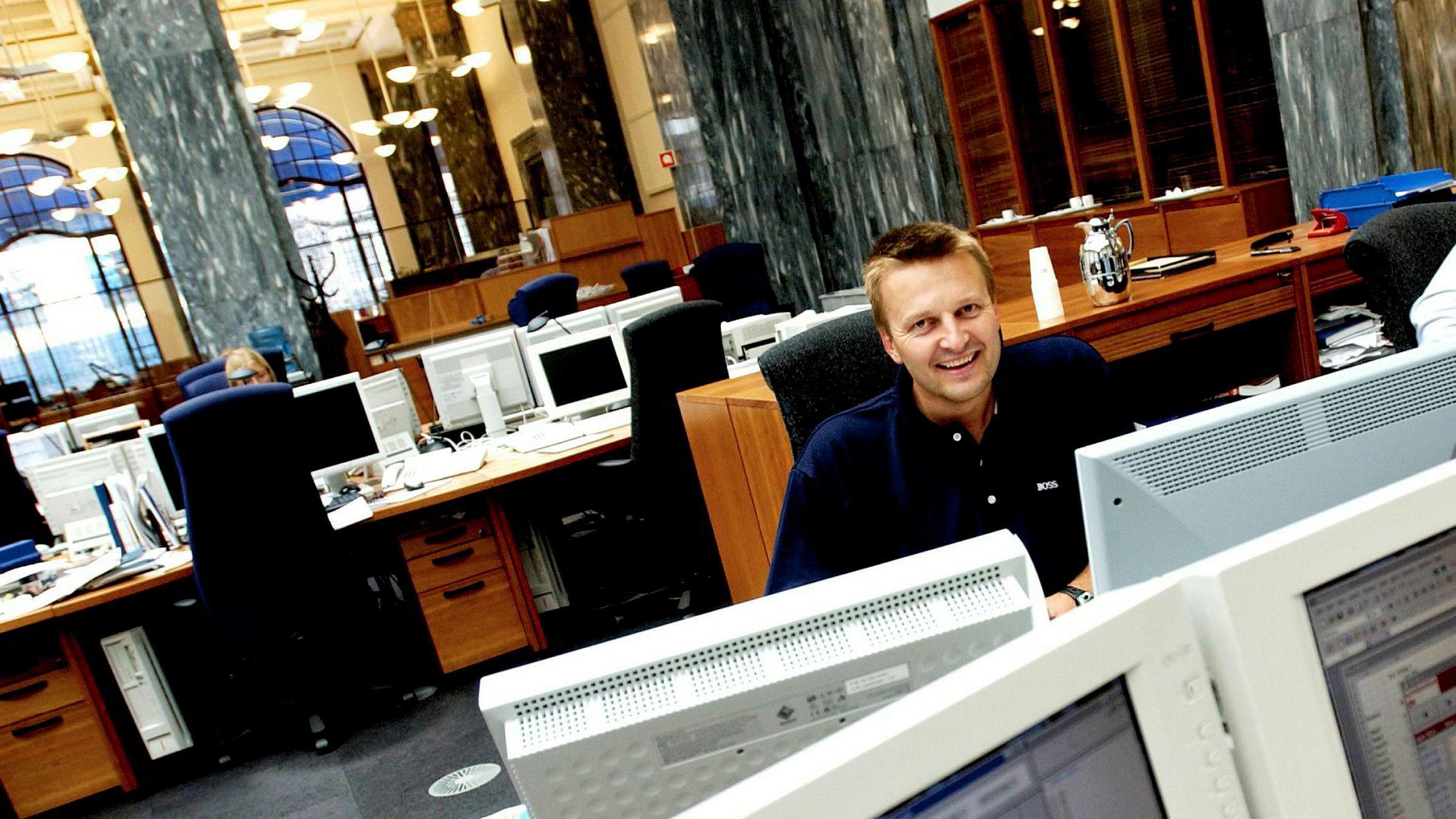 Leder for rentehandel Olav Gunnes i DNB har tjent godt på sine investeringer de siste årene. Bildet er fra 2003, da Gunnes var leder for rentehandel i Gjensidige Nor.