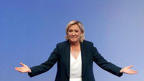 Ytre høyrepartier går fram på en måling utført av den tyske avisen Bild. Her ved leder for Nasjonal front Marie Le Pen.