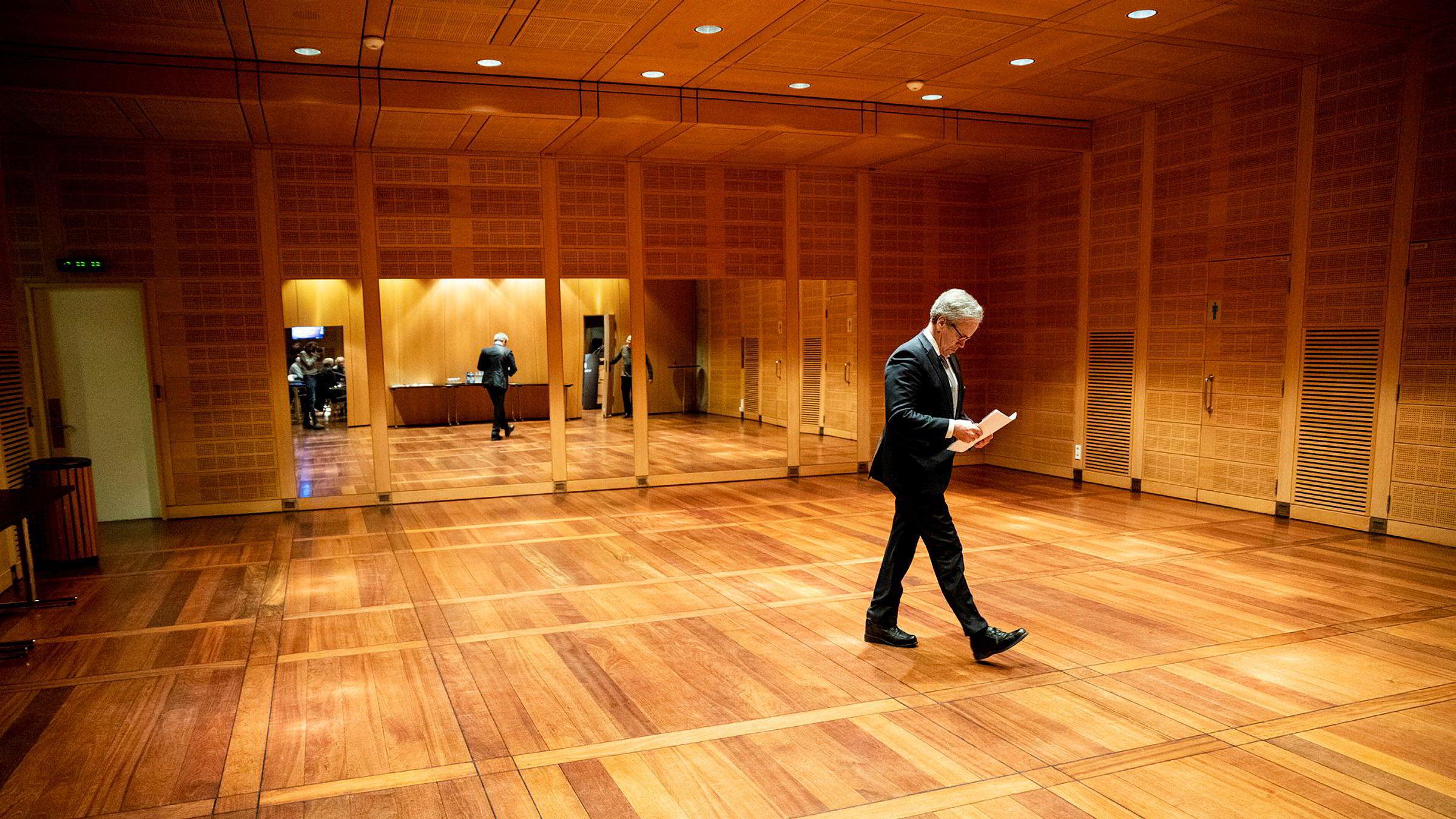 Sentralbanksjef Øystein Olsen droppet intervju med fire av syv kandidater til jobben som sjef for Oljefondet.