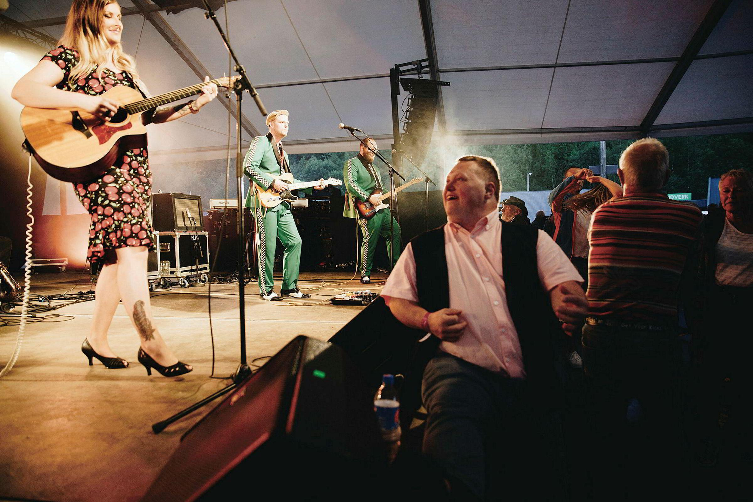 446ce9107 Fotobokanmeldelse: Peter Beste & Heidi Stavrum, «Dans med meg: Kos ...