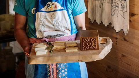Ubrutt stølsdrift. Oppskriftene på Anne Karin Hatlings oster av geitemelk er blitt brukt i familien i generasjoner.