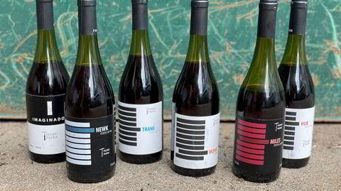 Rekken med Pedro Parra-viner er oppkalt etter hans jazzfavoritter, som John Coltrane og Miles Davis.