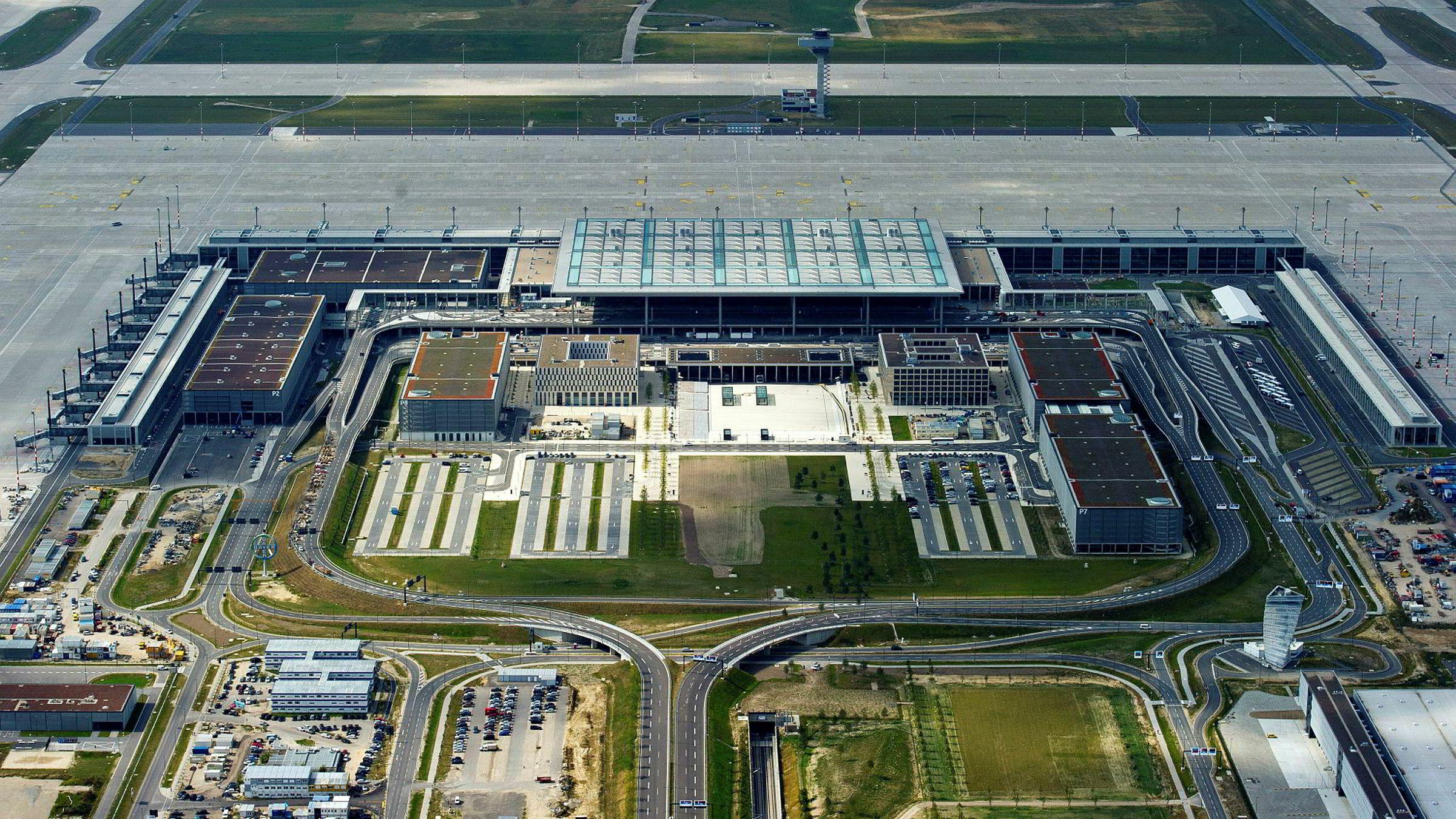 Den nye storflyplassen Willy Brandt - Berlin-Brandenburg har vært en skandale fra begynnelse til slutt.